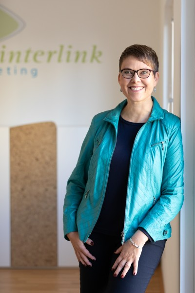 Anna Oladejo, Seestädterin und Inhaberin der Werbeagentur interlink marketing